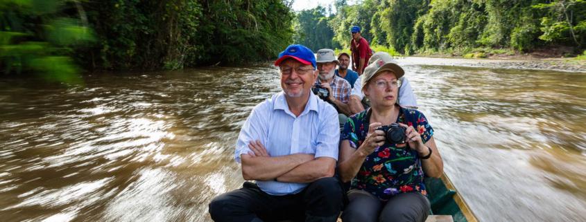 Erich und Juliane Diller auf dem Weg nach Panguana